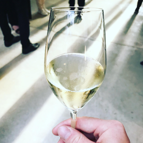 Champagne meets Monsieur Oui